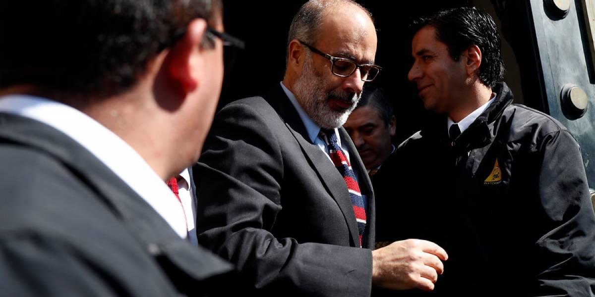 Exministro de Hacienda reaparece en debate sobre pensiones