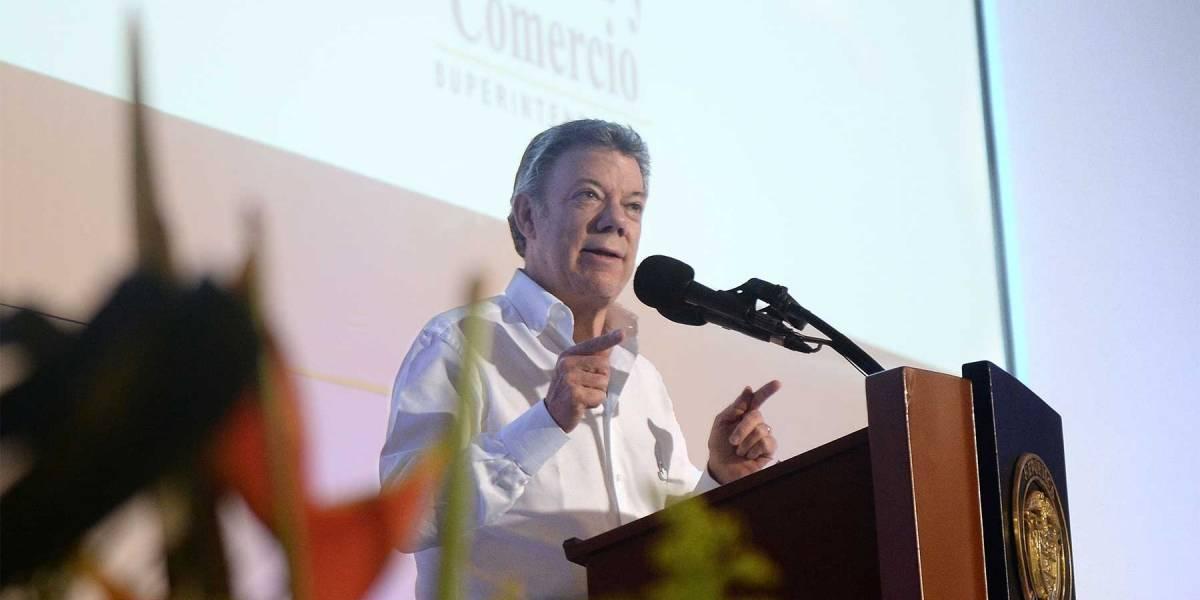 Santos revela que hay un 'cartel de las frutas' en el PAE