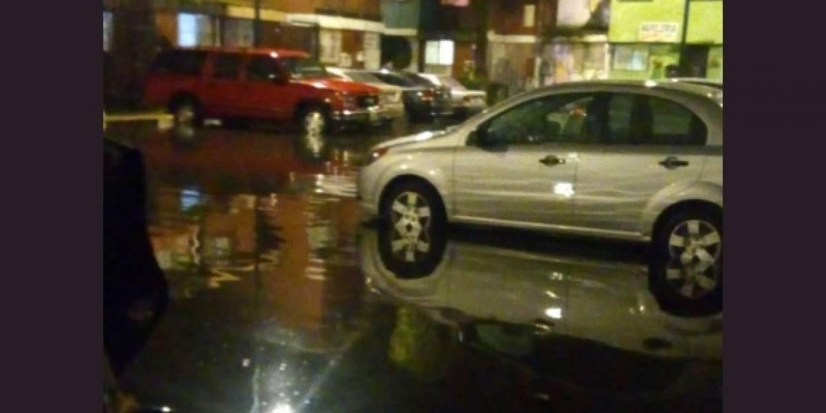 Iztapalapa en alerta roja por lluvia intensa; se registran fuertes encharcamientos