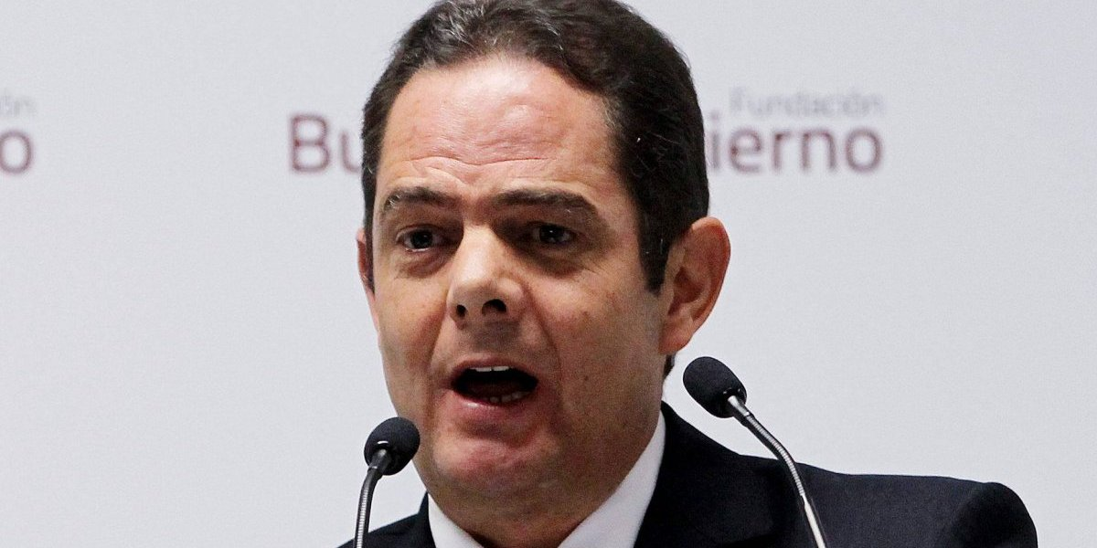 La foto de Vargas Lleras que indigna a usuarios de Twitter