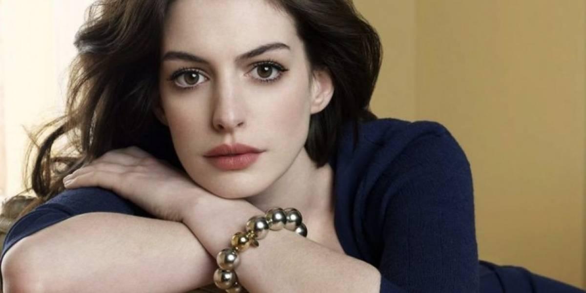 Esta es la millonaria suma que le pagan a Anne Hathaway por ser Barbie