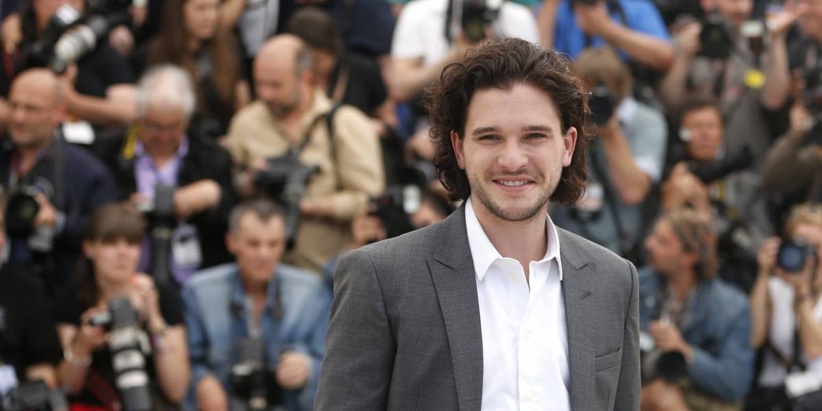 ¿Qué pasó, Jon Snow? El actor de Game of Thrones estaba muy borracho en un bar de Nueva York