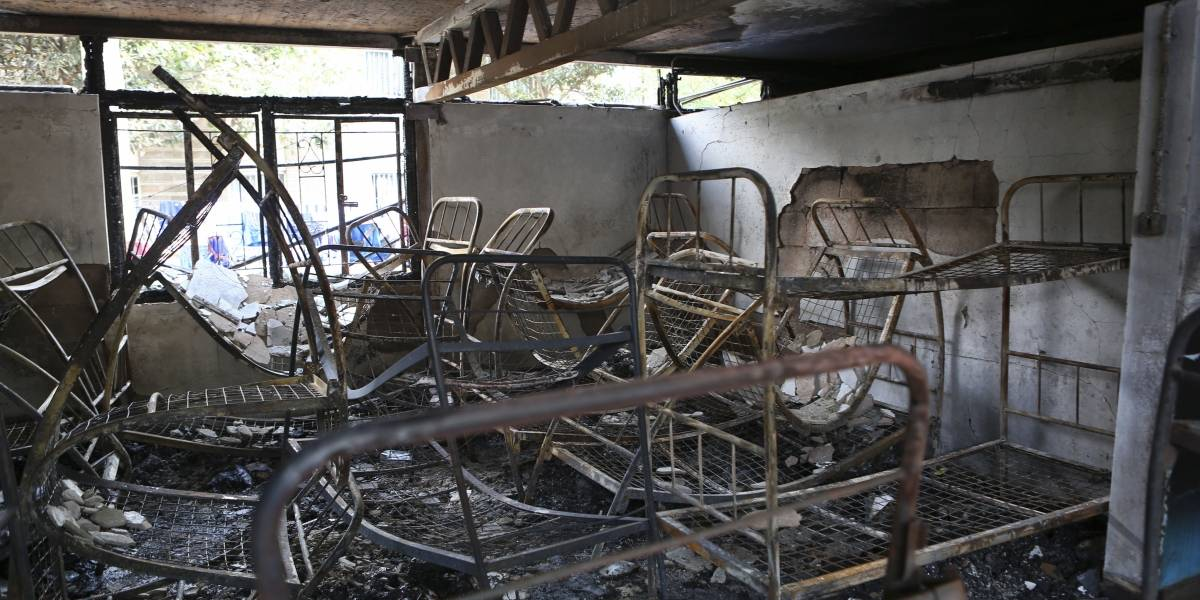 Mueren 7 niñas en incendio en residencia de escuela