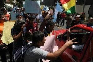 manifestantes-en-contra-del-titular-de-la-cicig.jpg