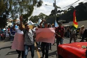 protestan-en-contra-de-ivan-velasquez.jpg
