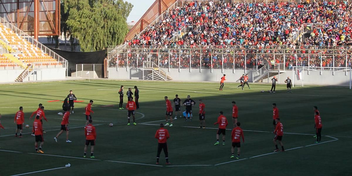La selección chilena entrenó en Calama ante la mirada de 5 mil hinchas