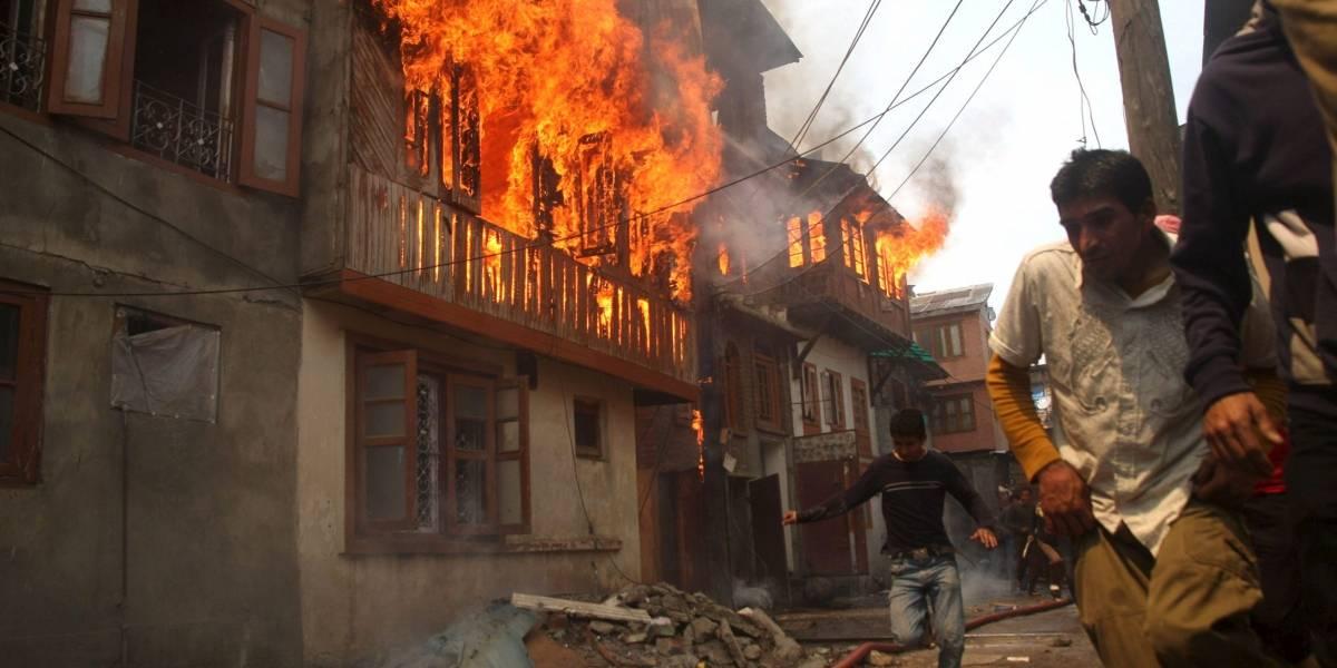 Por celos, hombre prendió fuego a casa de su expareja, en la que vive con dos pequeñas