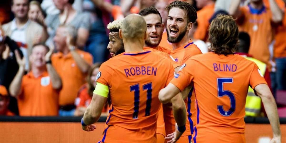 Holanda aún sigue con vida en las clasificatorias a Rusia tras superar a Bulgaria