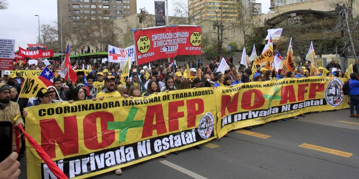 """""""No + AFP"""" critica que reforma del Gobierno """"más que solucionar el drama de las precarias jubilaciones, mantiene y fortalece el modelo"""""""