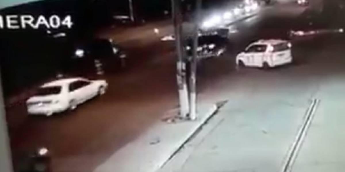 Comparten video de cuando conductor atropella a policía de Tránsito
