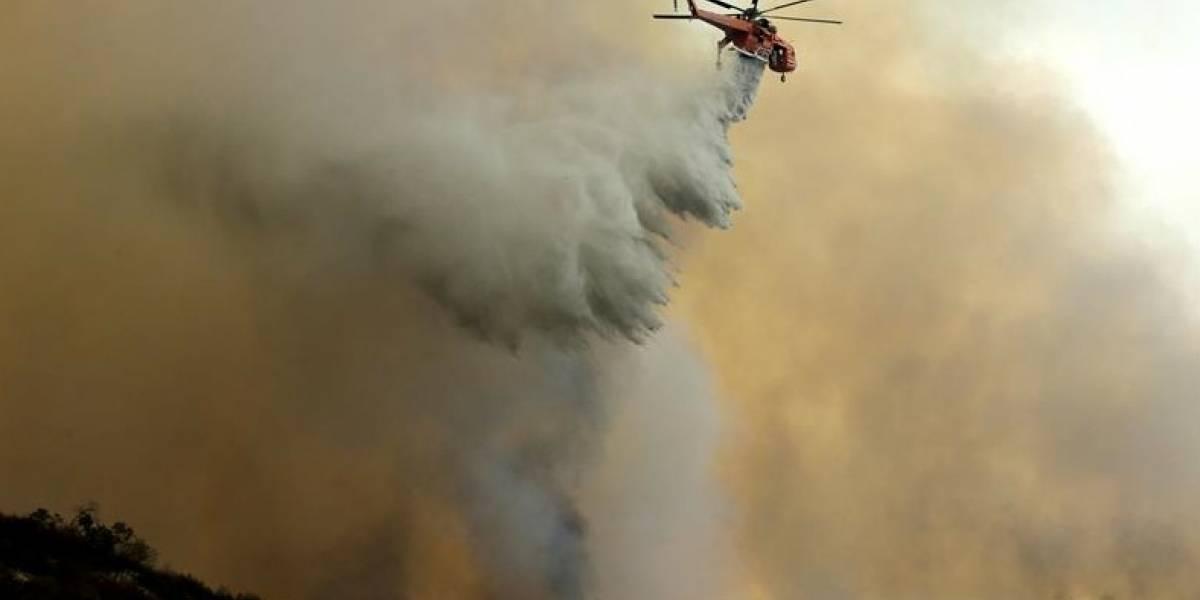 Los Ángeles vive el mayor incendio de su historia, que ya arrasó con más de 2.000 hectáreas