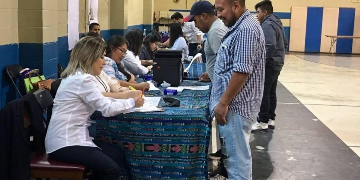 Procurador de DD. HH. exige entregar pasaportes a guatemaltecos en Estados Unidos