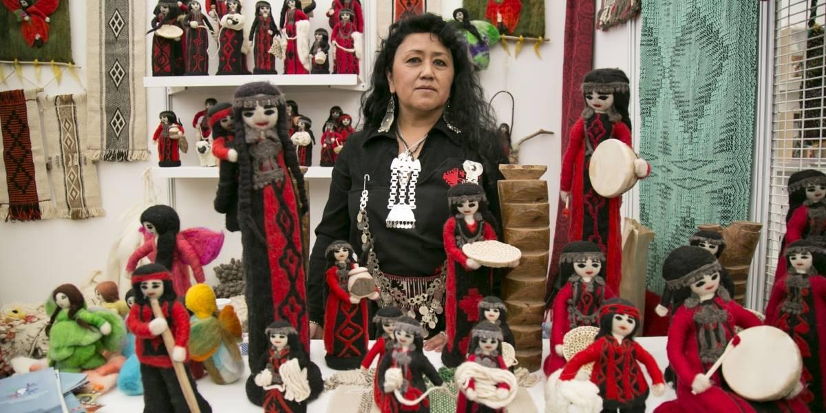 100 mujeres indígenas presentan sus productos