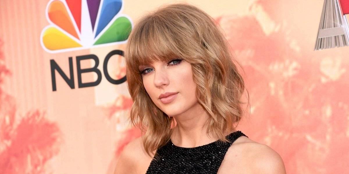 VIDEO. Exhiben a Taylor Swift bailando en estado de ebriedad