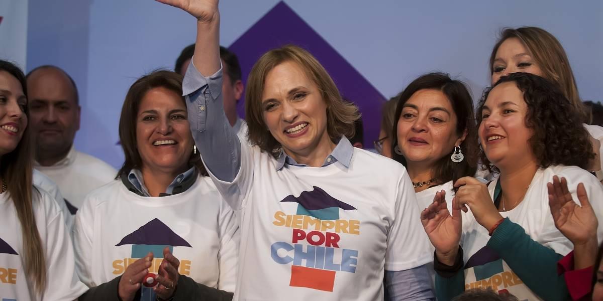 Sebastián Piñera sube en los sondeos presidenciales — Chile
