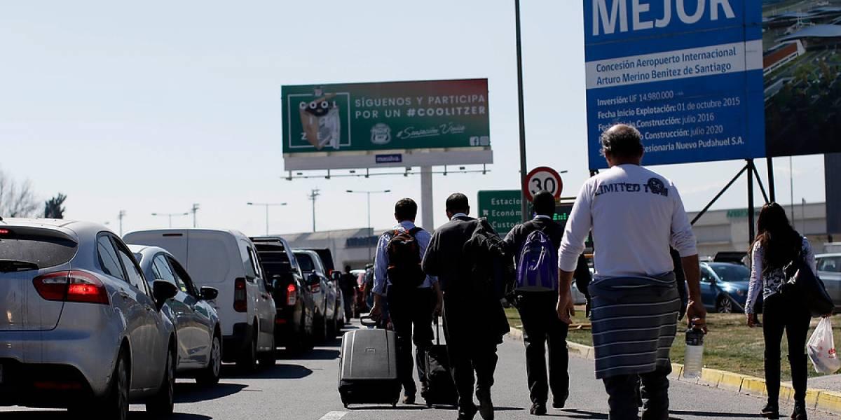 Muere turista brasileño que sufrió un paro en bloqueo de taxistas en aeropuerto: ambulancia no pudo llegar a socorrerlo