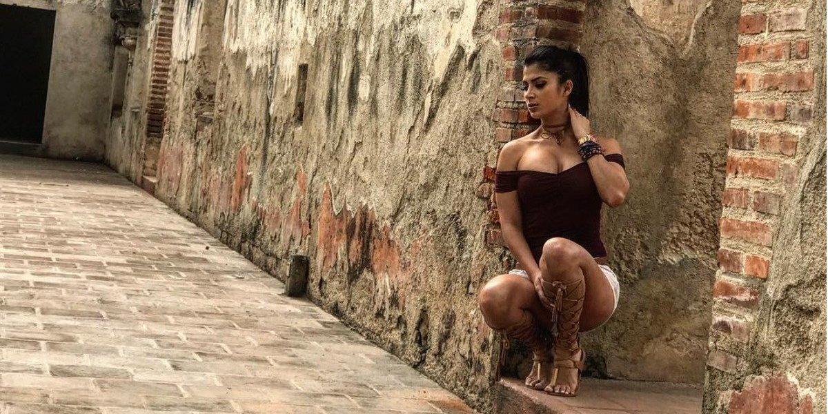 Cantante mexicano deja a su esposa por la modelo guatemalteca Kimberly Flores