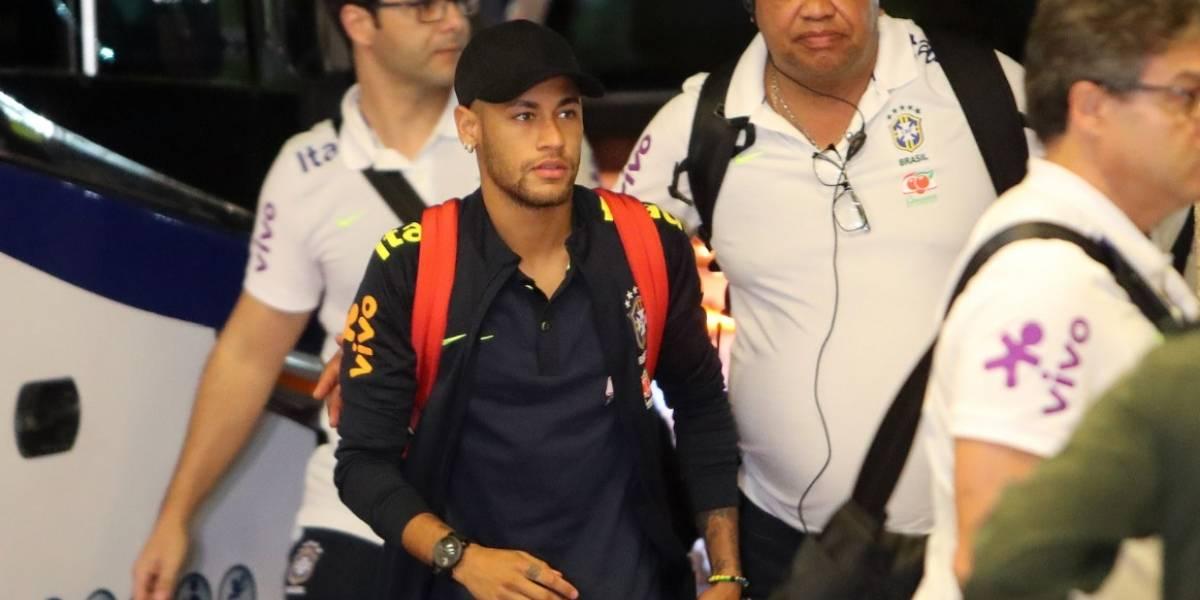 La selección brasileña llega a Barranquilla liderada por Neymar