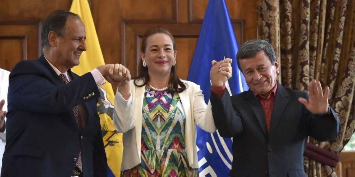 Colombia y ELN pactan un alto al fuego previo a la visita del Papa