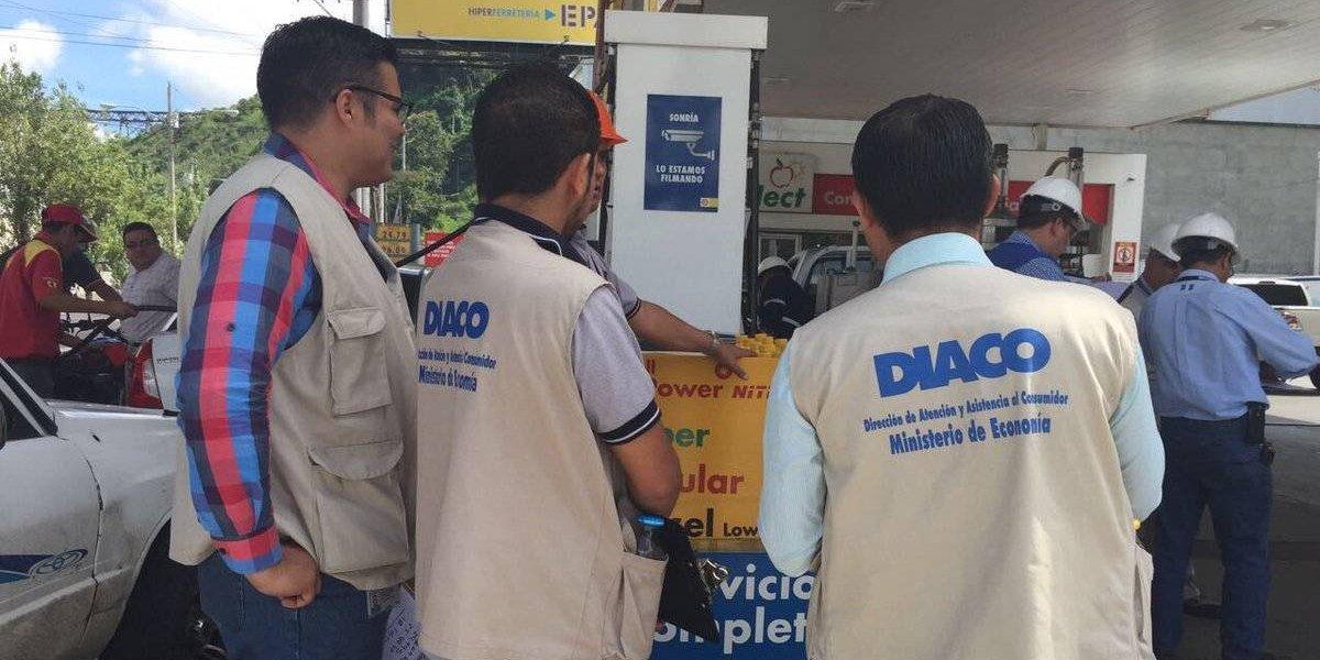 Autoridades realizan monitoreo para verificar precios de los combustibles