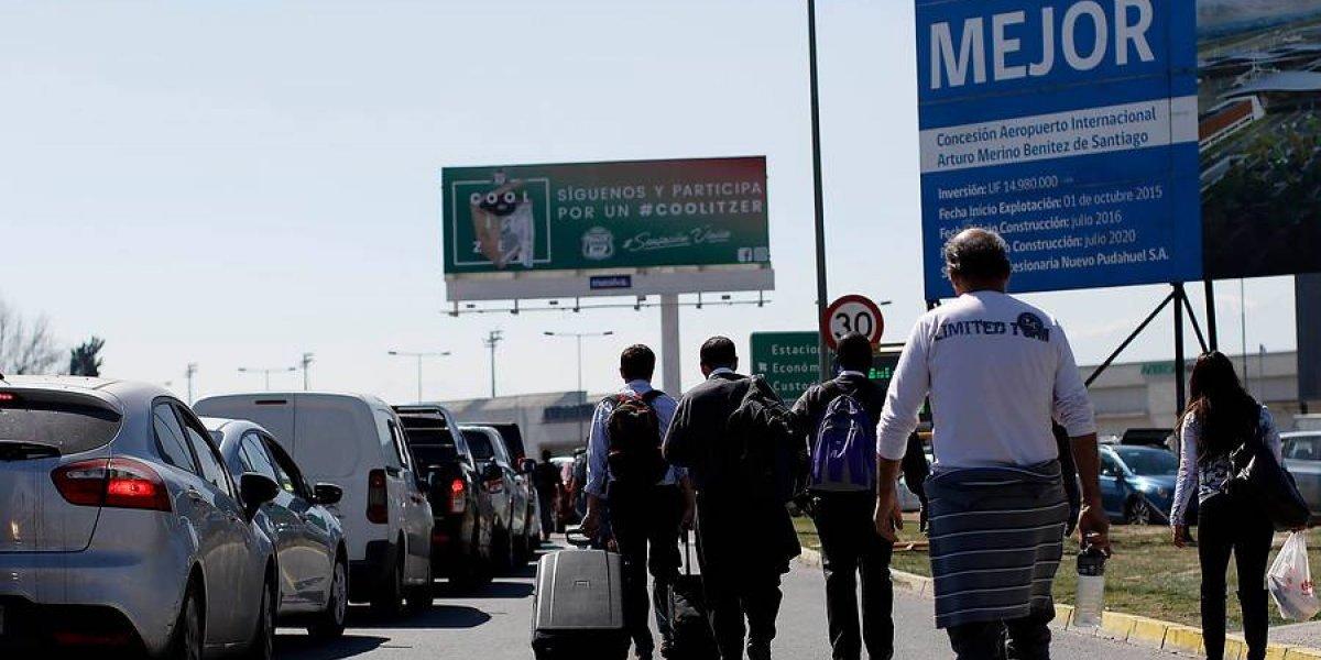 """Cabify frente a protesta de taxistas en aeropuerto:  """"La violencia no es adecuada en este caso ni en cualquier momento"""""""
