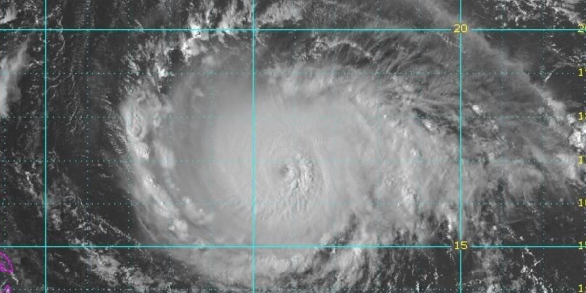 Poderoso huracán