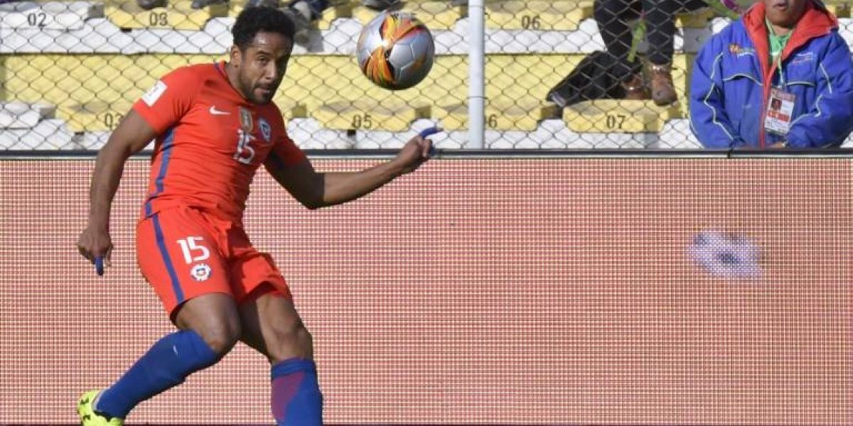 Beausejour pagó caro el hacer tiempo y quedó suspendido para el partido con Ecuador