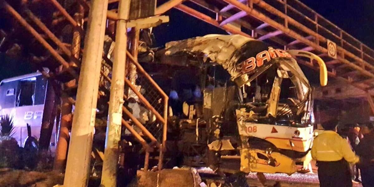 Ocho heridos dejó accidente de tránsito en el sector La Cuendina