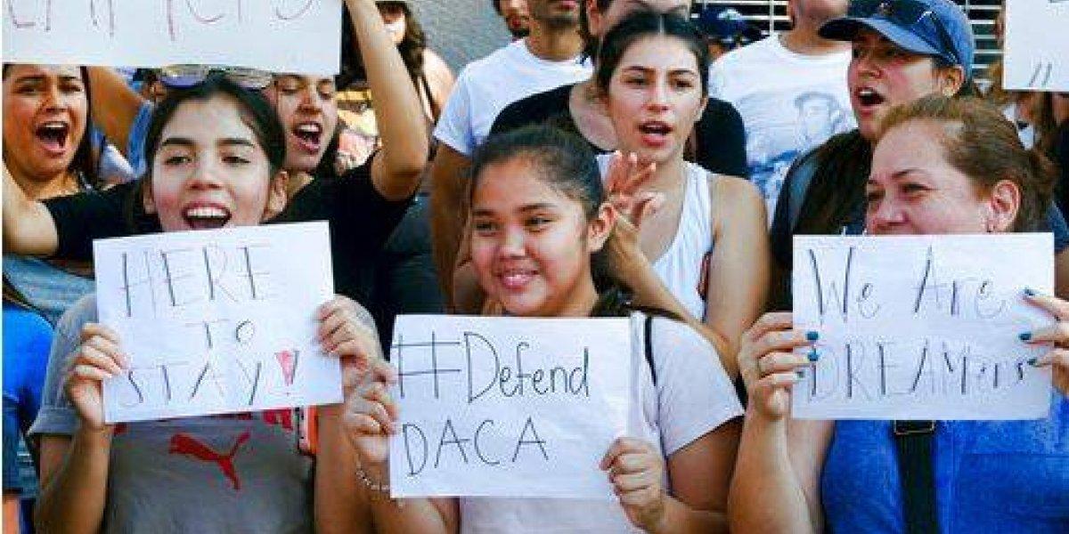 """Trump elimina plan de protección para """"dreamers"""""""
