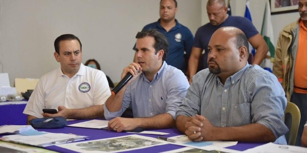 Gobernador visita Río Grande y Naguabo para conocer necesidades y preparativos ante el paso del huracán Irma