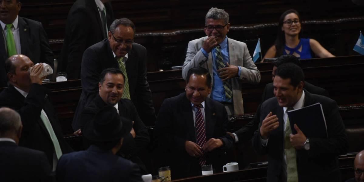 Fijan plazo para que pesquisidora contra Morales entregue informe