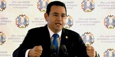 Guatemala: Suspenden al partido oficial por no pagar multa