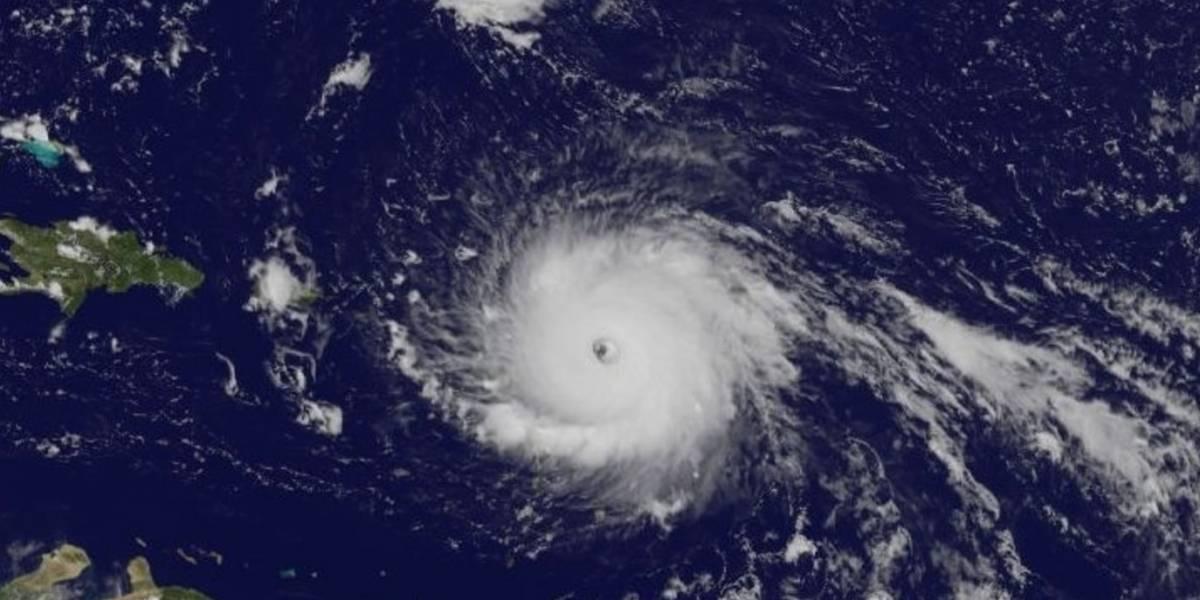 Huracán Irma se mantiene con vientos de 185 mph