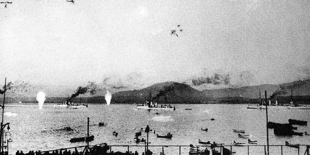Hace 86 años esta era la orden de La Moneda: Que el Ejército y Fuerza Aérea ataquen a la Armada