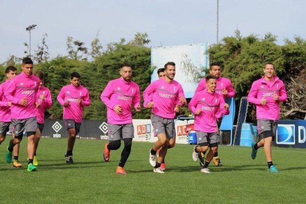 Ribery Muñoz viene entrenado a la par del resto de los integrantes del primer equipo de la UC / cruzados.cl