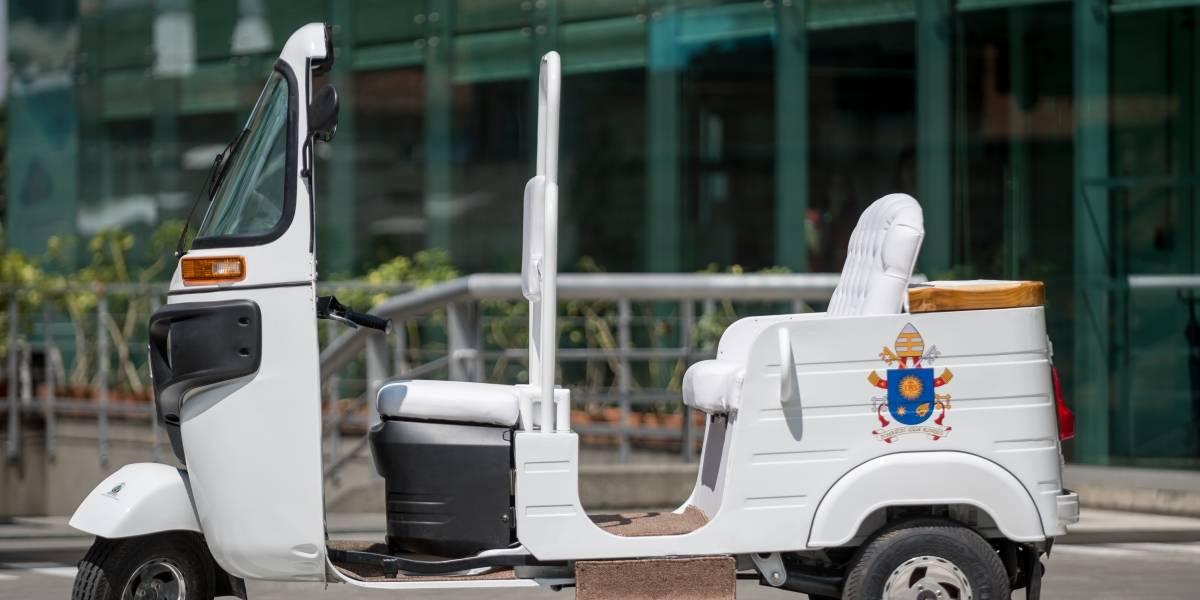 El motocarro que usará el papa Francisco como papamóvil en Medellín