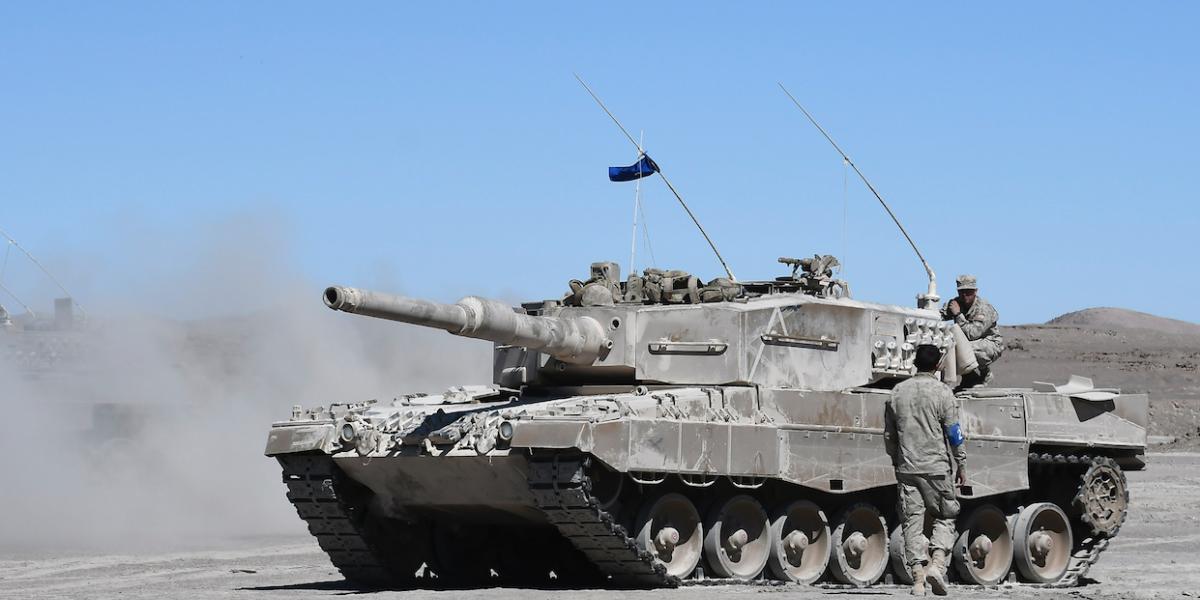 """Chile organiza conferencia de """"grupo de desarrollo de combate"""" internacional sobre tanques Leopard"""