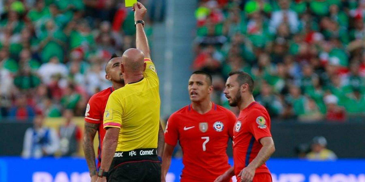 Los 13 jugadores de la Roja que arriesgan suspensión para el partido crucial ante Brasil