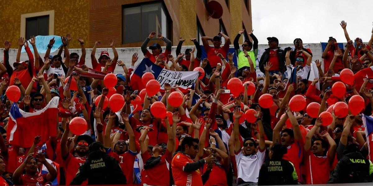 """Trastienda de la caída en La Paz: La Roja llegó agrandada y se fue con un """"Chile Fuera"""""""