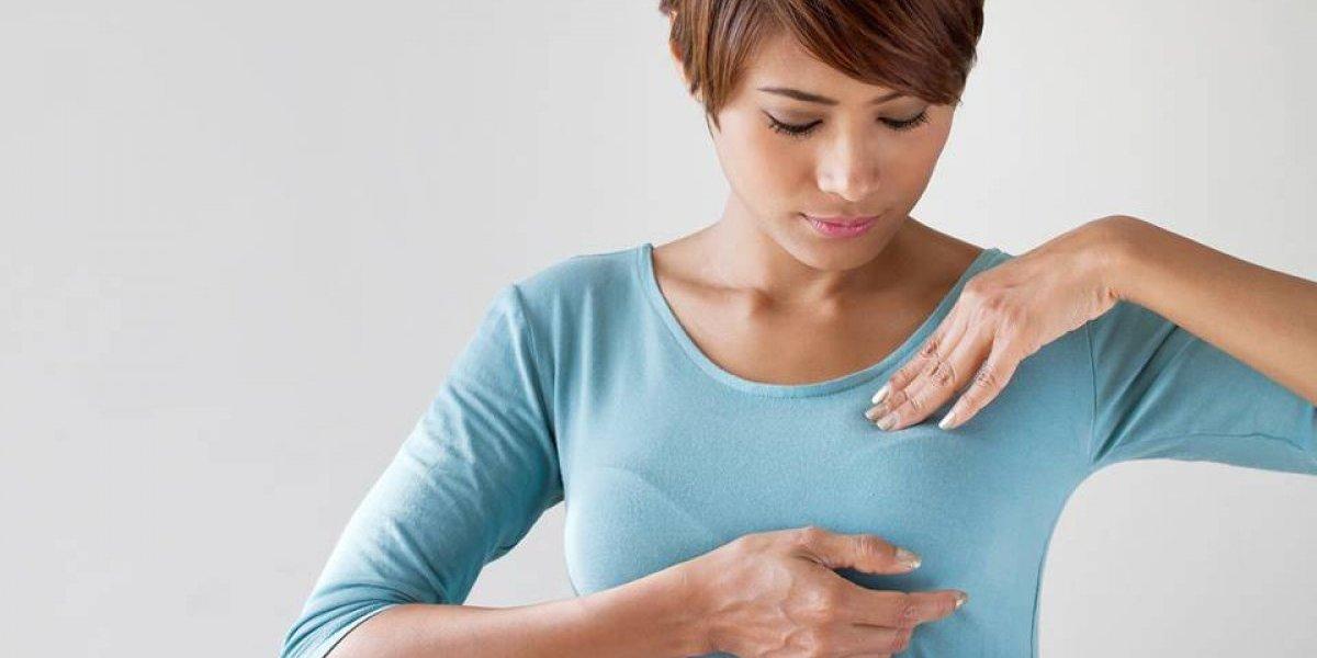 ¡Atención! Realizar un autoexamen de mama toma 3 minutos y debe hacerse una vez al mes