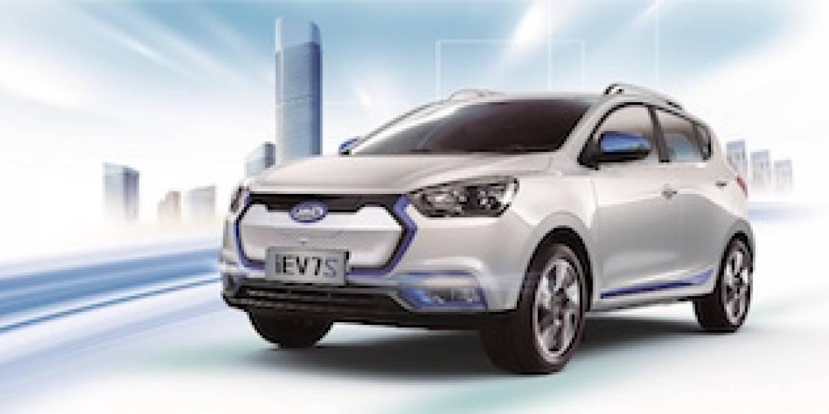 JAC presenta en China su segunda generación de autos eléctricos