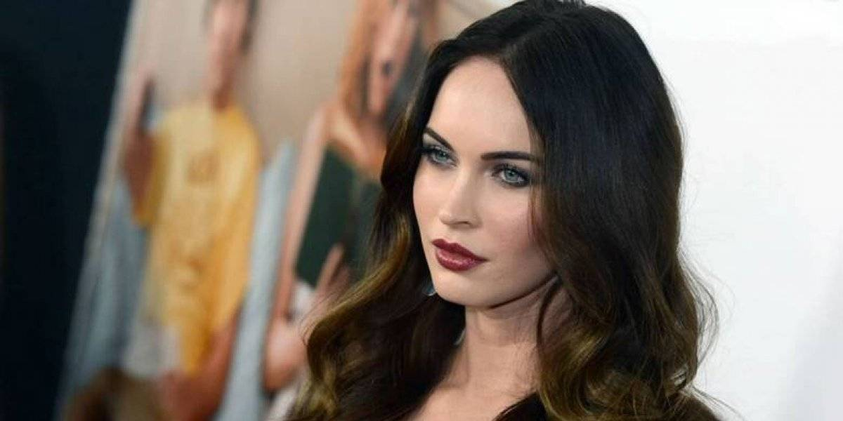 Megan Fox recrea sensual escena de Transformers