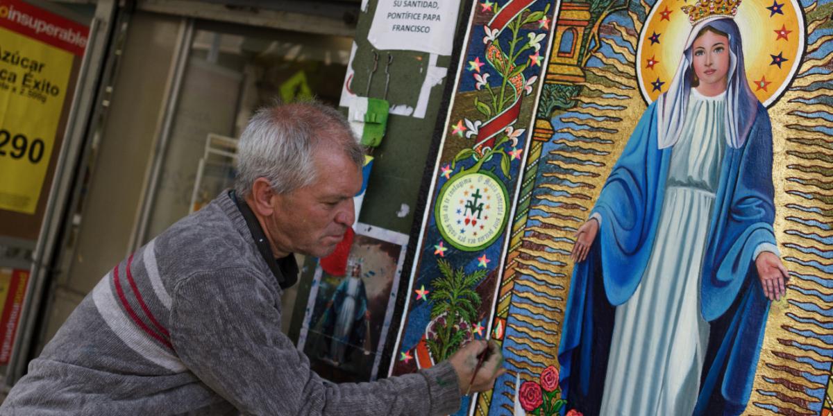 El cuadro de La Virgen Milagrosa que un artista espera regalarle a su santidad en Bogotá