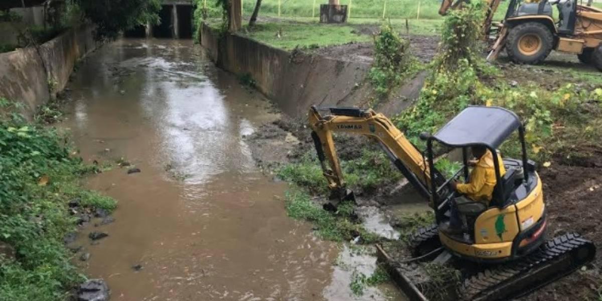 Cuerpo de Ingenieros firma estudio sobre proyecto de control de inundaciones en Ciales