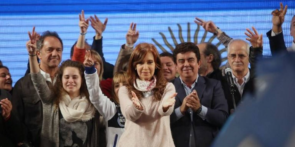 Fiscal argentino solicitó prohibición de salida a Cristina Fernández por obstrucción de investigaciones en caso Amia