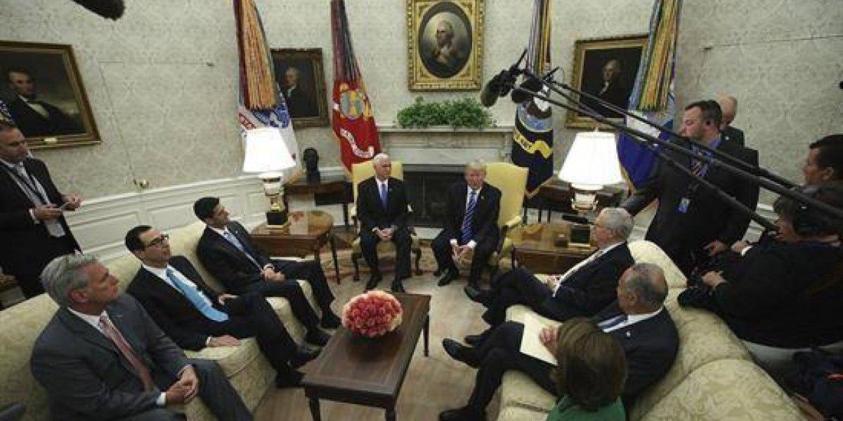 Senado de EEUU aprobó ayuda financiera por 15.220 millones de dólares tras Huracán Harvey