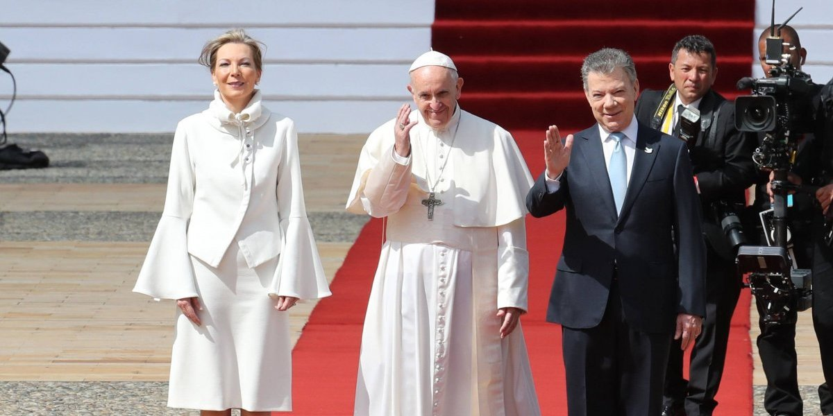 El tinte político de Francisco durante su visita en Colombia