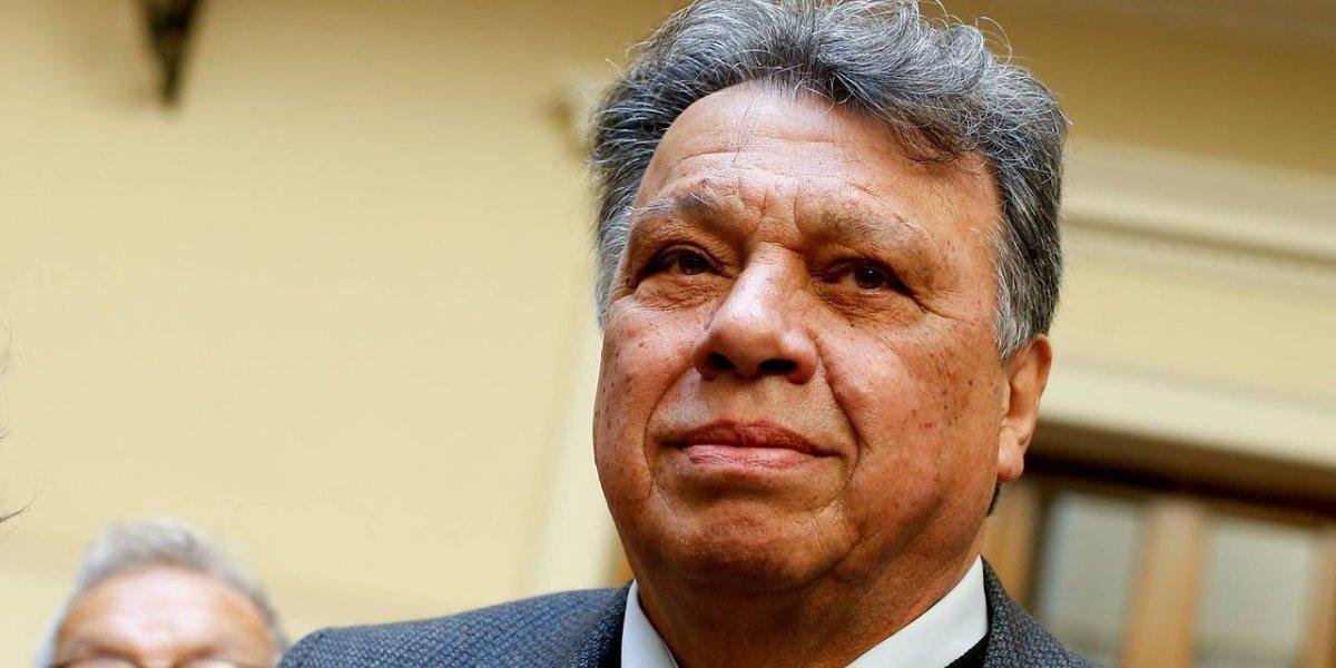 """Don Elías propone una """"reingeniería"""" en la banca de la Roja"""