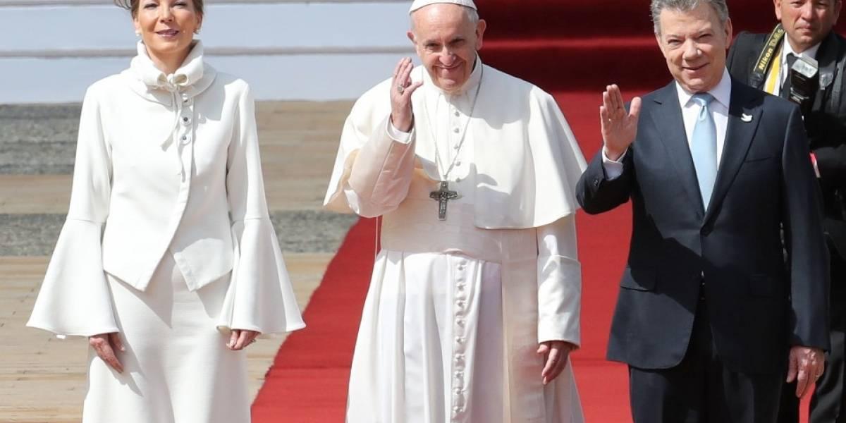 Por esta razón 'Tutina' se vistió de blanco en su encuentro con el papa en la casa de Nariño