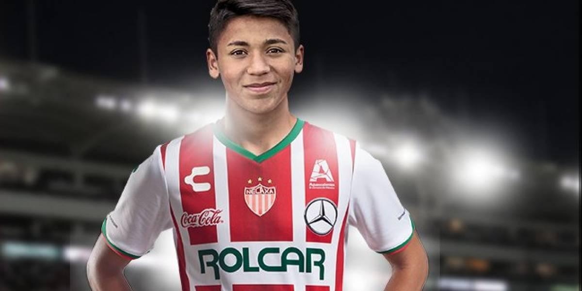 Necaxa firma a chileno Marcelo Allende, pero para 2018